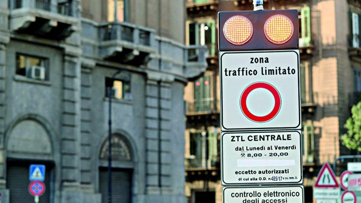 È ufficiale (o quasi) , la Ztl notturna a Palermo al via il